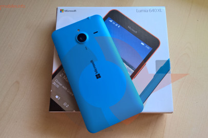 Lumia 640 XL title unboxing
