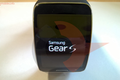Samsung Gear S display (3)