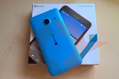 Lumia 640 XL title unboxing