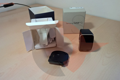 Samsung Gear S box (4)